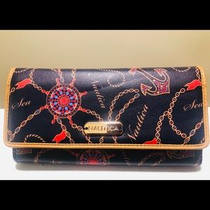 NWOT Nautica Black Ladies Wallet